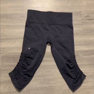 Lululemon flow cropped leggings
